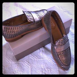 Franco Sarto pewter loafer size 7 1/2 Euc